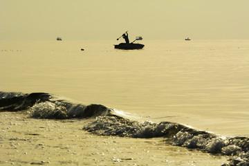 deniz balıkçısı silüet