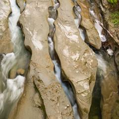 Erosion im Bergbach