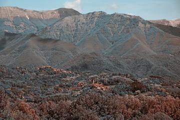 Paesaggio di montagna 2