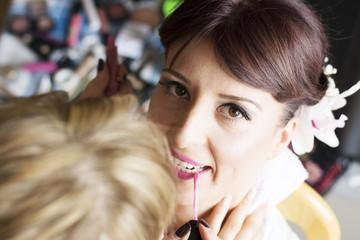 Bridal make up lips