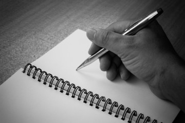 writing a note with a fountain pen