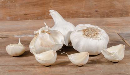 White garlic bulbs and cloves