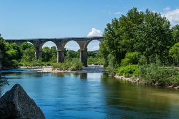 Paysage rivière Ardèche