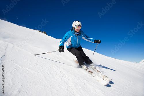fototapeta na ścianę Skifahrer