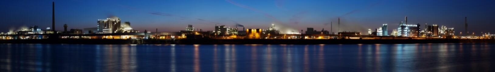 Industries (high-resolution panorama)
