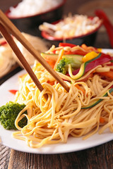 fried vegetable and noodles
