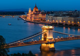 Fototapety Budapest Chain Bridge and the Hungarian Parliament
