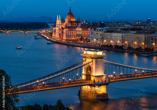 Poster Budapest Chain Bridge and the Hungarian Parliament
