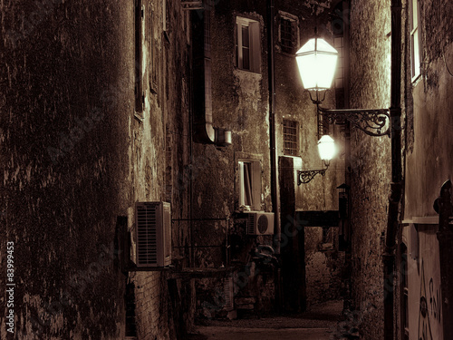 Dark narrow street in Zagreb, Croatia © Nada Sertic