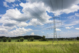 paesaggio rurale tra i tralicci