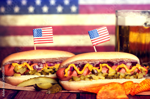 Poster 4th of July Picnic Table - Hot Dogs