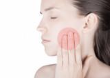 Donna con dolore denti e bocca