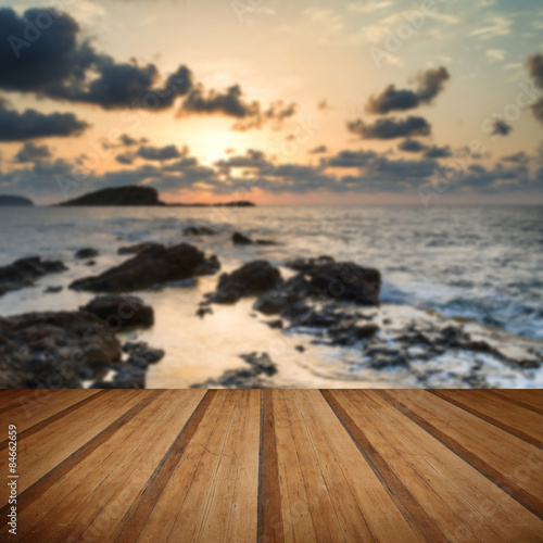 Papiers peints Beige Stunning landscapedawn sunrise with rocky coastline and long exp
