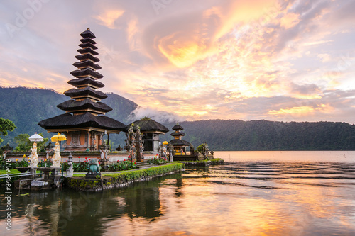 Poster, Tablou Pura Ulun Danu Bratan at Bali, Indonesia