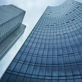 Fototapeta abstrakte hochhausfassaden in Frankfurt am Main