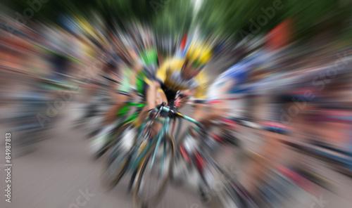 Fototapeta Ciclisti in gara