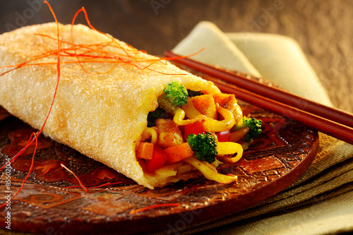 Spicy crispy spring roll with vegetable filling