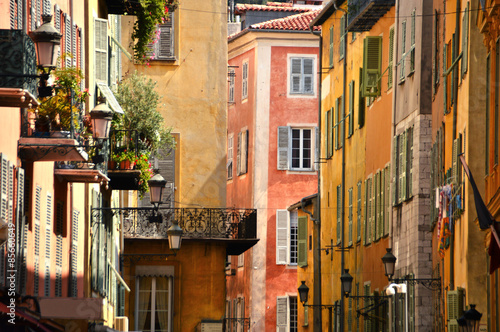 Spoed canvasdoek 2cm dik Nice Old town architecture of Nice on French Riviera