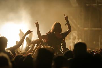 slam concert foule musique