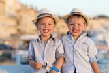 kinderen op reis v frankrijk