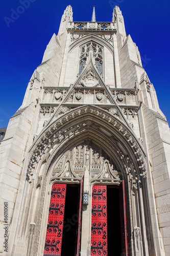 Poster Heinz Chapel Open Doors - Gothic Architecture of Pittsburghs Historic and Grandi