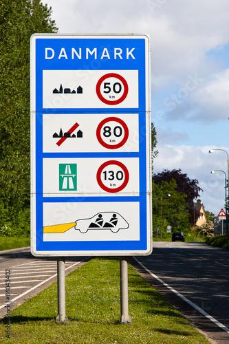 Poster Informationstafel an der Grenzübergangsstelle