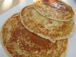 Постер, плакат: Pancake con miele e frutta