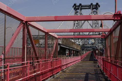 Williamsburg Bridge - 86424888