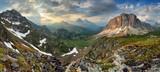 Fototapeta Piękny górski pejzaż przy zachodzie słońca