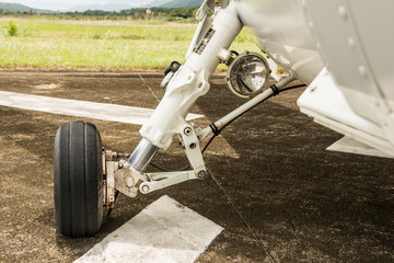 helicopter landing gear