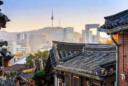 Fotobehang Seoel The Bukchon Hanok historic district