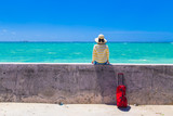 Fototapety 沖縄旅行をする女性