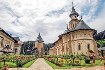 Klasztor Putna. Wewnętrzny ogród.