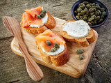 Fotoroleta toasted bread slices with cream cheese and smoked salmon