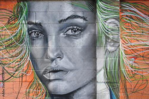 street art, a woman