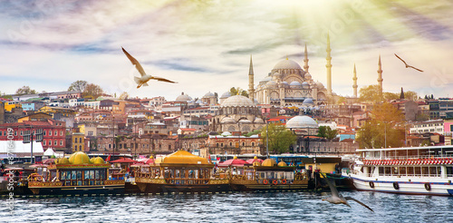 Zdjęcia Istanbul the capital of Turkey, eastern tourist city.