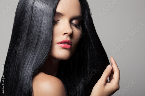 Hair. Beautiful Brunette Girl. Healthy Long Hair. Beauty Model W Poster