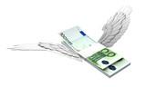 飛ぶユーロ紙幣