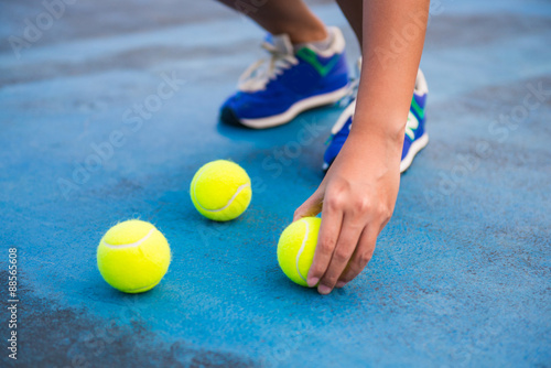 Plakát Athletes keep the tennis ball on a tennis court