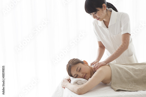 poster of Esthetician that women are massage