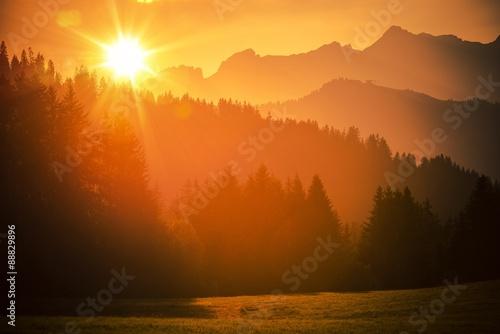 Foto op Aluminium Oranje eclat Scenic Alps Sunset