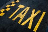 taxi signalètique marquage sol goudron londres - 88991621