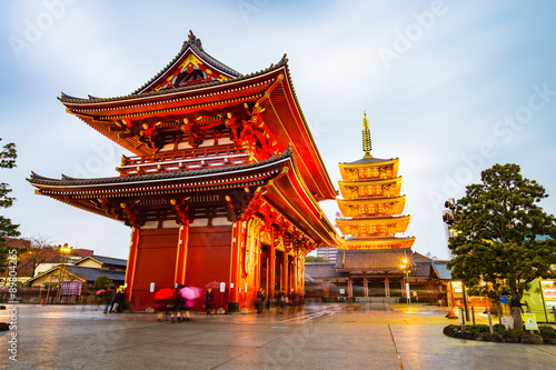 Foto op Plexiglas Tokio Senso-ji Temple at Asakusa area in Tokyo, Japan
