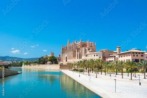Zdjęcia na płótnie, fototapety, obrazy : Palma de Mallorca, port marina Majorca Cathedral