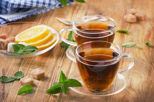 Foto op Canvas Koffie Glass Cups of tea with mint