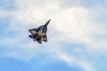 Nowy rosyjski myśliwiec piątej generacji T-50