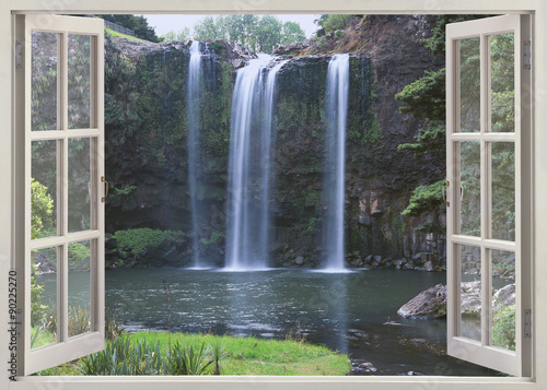 Fototapeta Open window view to Whangarei Falls, Northland Region (North Island), New Zealand