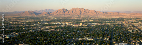 Tuinposter Las Vegas Panoramic view of Las Vegas Nevada Gambling City at sunset