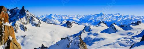 Fotobehang Europese Plekken Mont Blanc, view from Aiguille du Midi, panorama