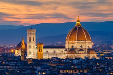 Zmierzch katedry we Florencji w Florencja, Włochy